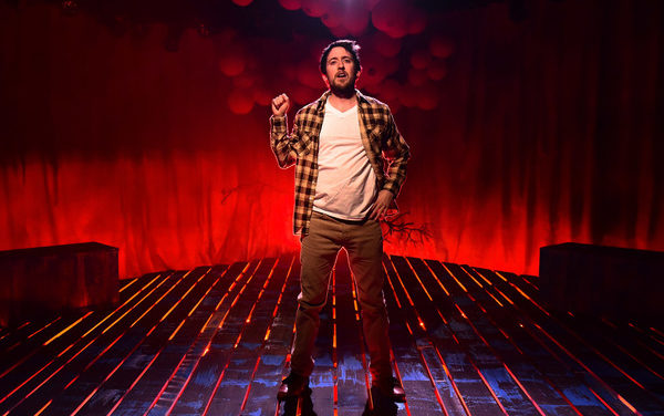 REVIEW: Allan shines in one-man 'Squirrel' romp at Greenhouse