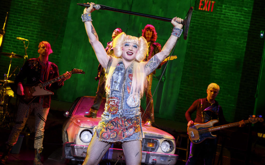 Broadway in Chicago run of 'Hedwig and the Angry Inch' struts for audiences at Oriental Theatre