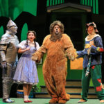REVIEW: 'Wizard of Oz' national tour has ageless audience appeal at Chicago Theatre